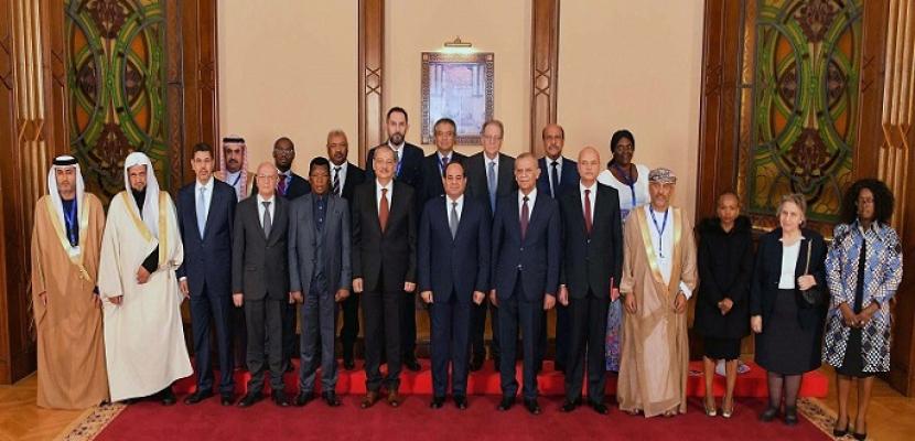 بالصور .. السيسي يستقبل النواب العموم المشاركين في مؤتمر مكافحة الإرهاب