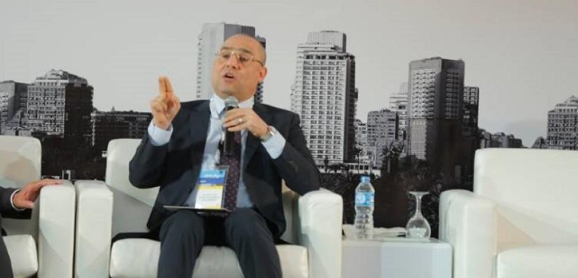 وزير الإسكان: نسعى لتعزيز الشراكة مع القطاع الخاص لدعم قطاع العقارات