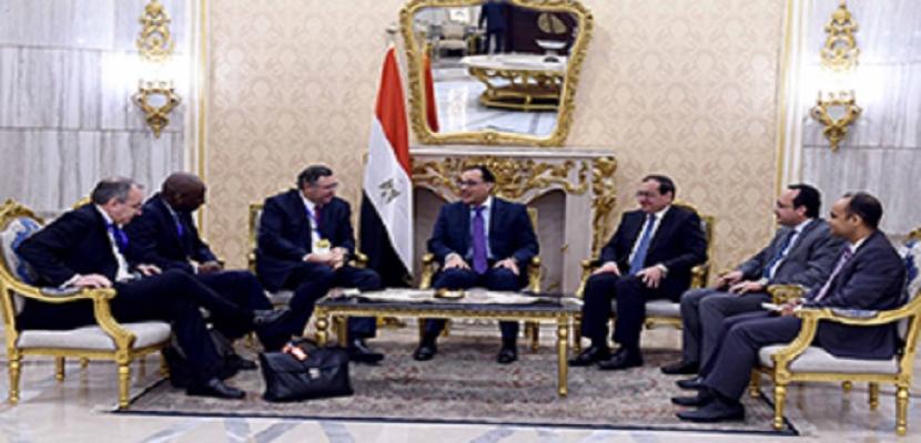 """رئيس """"توتال"""" : لدينا خطط طموحة لضخ استثمارات لاستكشاف النفط في مصر"""