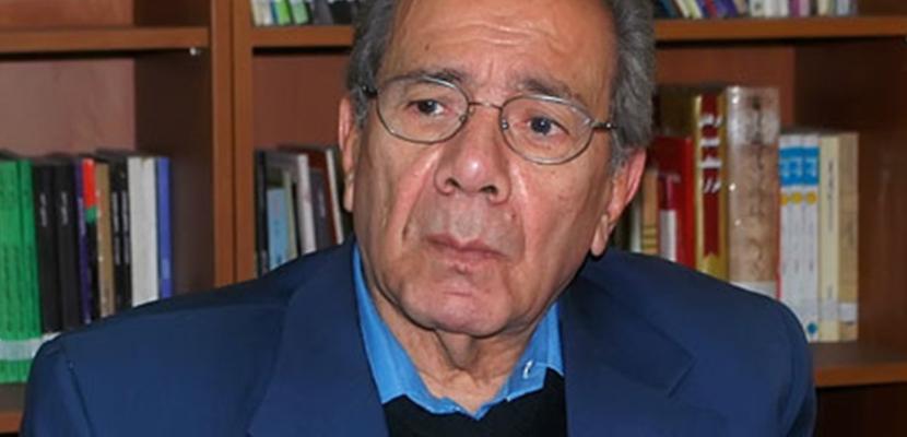 الهيئة الوطنية للصحافة تنعى الكاتب الصحفي الكبير نبيل زكي