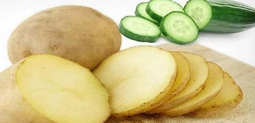 استخدمي البطاطس والخيار لإعادة الشباب والإشراقة إلى عينيكِ