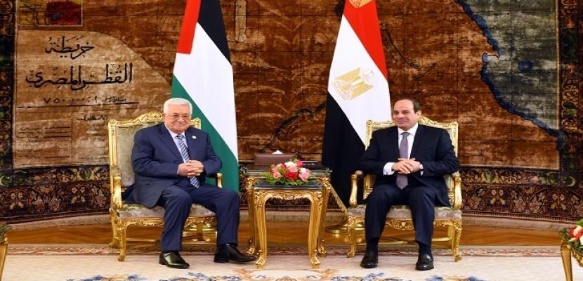 بالصور.. خلال لقائه الرئيس عباس.. السيسي يؤكد دعم مصر الكامل للموقف الفلسطيني تجاه مسار التسوية السياسية