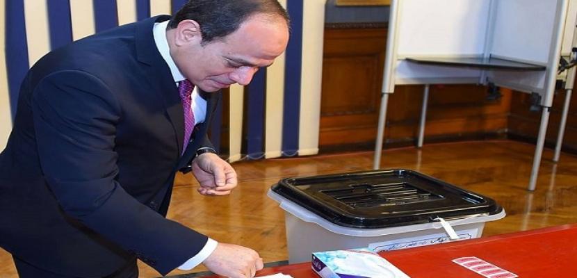 بالفيديو والصور .. الرئيس السيسى يدلى بصوته فى الاستفتاء على التعديلات الدستورية