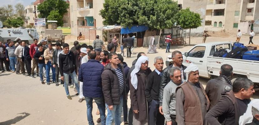 أهالى شمال سيناء يشاركون بكثافة فى الاستفتاء على التعديلات الدستورية