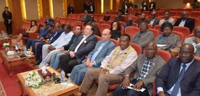 بالصور..مميش يبحث مع سفراء 20 دولة إفريقية سبل تعزيز التعاون ومستجدات المشروعات التنموية بمنطقة القناة