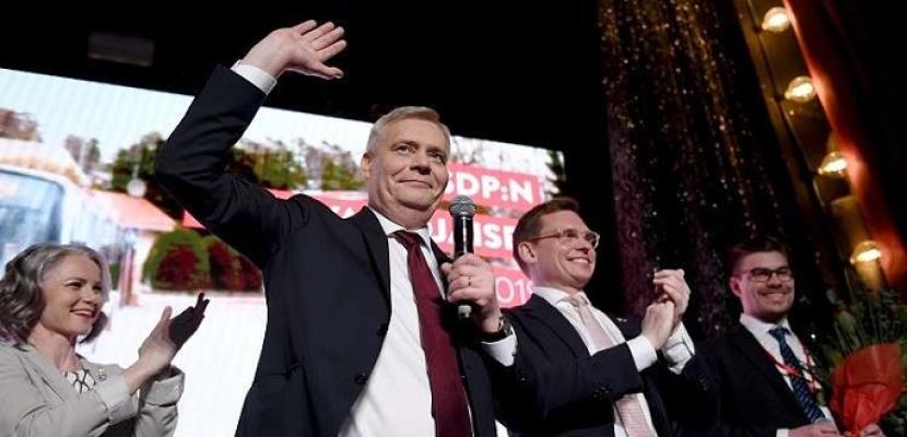 عالم الفنلندي يعلن فوزه في الانتخابات العامة