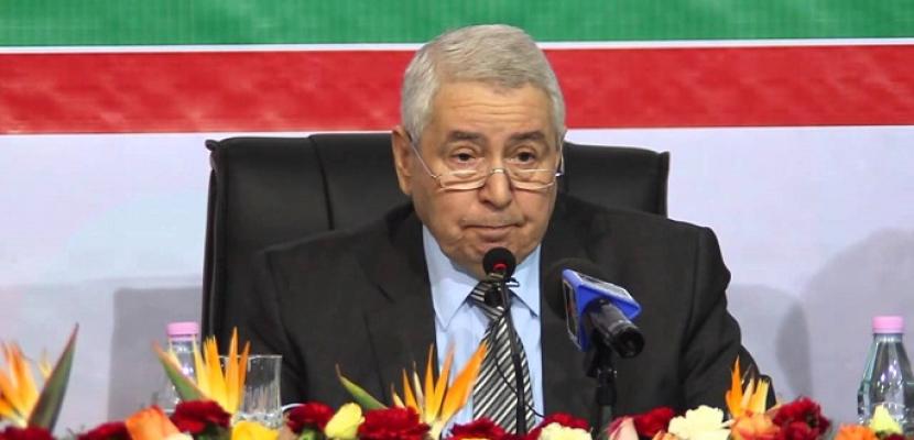 الرئيس الجزائري المؤقت يجدد دعوته لحوار وطني دون إقصاء