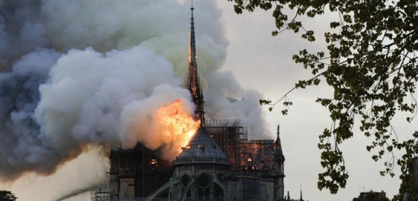 كاتدرائية نوتردام .. سر 15 دقيقة فصلت بين الدمار والبقاء