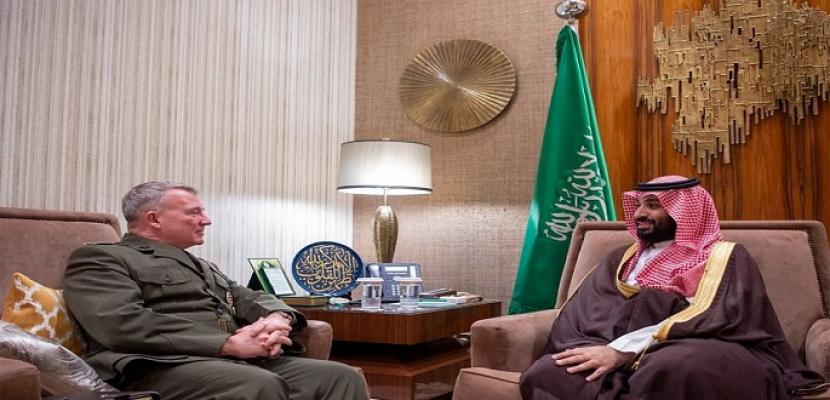 ولي العهد السعودي يلتقي بقائد القيادة المركزية الأمريكية