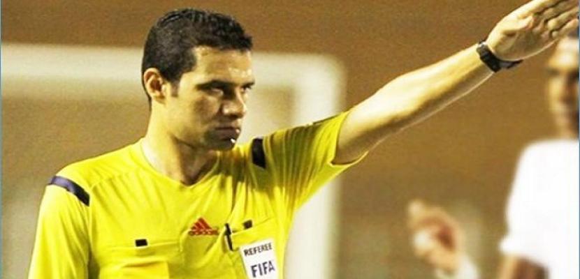 محمود البنا حكما لمباراة المقاصة وبتروجيت في الدوري