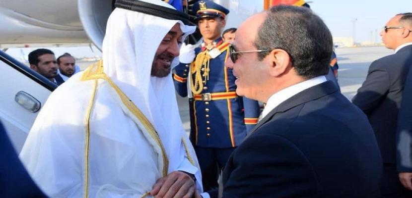 بالصور.. السيسي يبحث مع ولي عهد أبو ظبي آخر تطورات الأوضاع الإقليمية