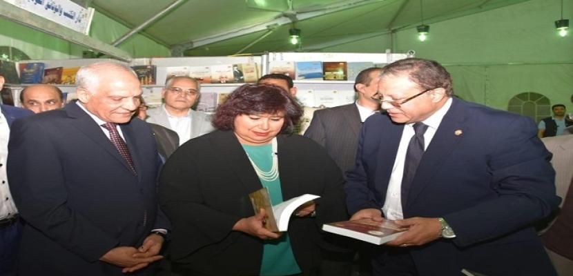 بالصور.. وزيرة الثقافة ومحافظ الجيزة يطلقان فعاليات الدورة الثامنة من معرض فيصل للكتاب