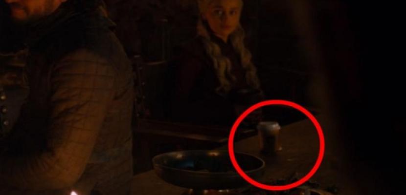 """مسلسل """"صراع العروش"""" يعتذر لمشاهديه بسبب كوب من قهوة ستاربكس!!"""