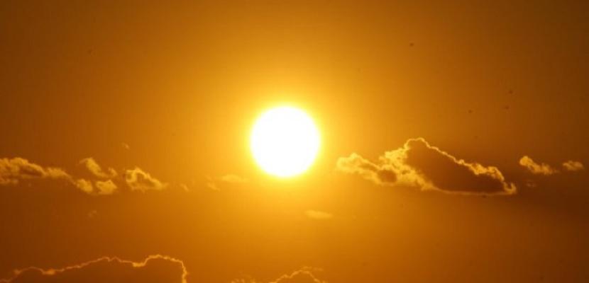 البحوث الفلكية: النشاط الشمسي برئ من موجات الحر والشمس تمر حاليا بفترة هدوء تام