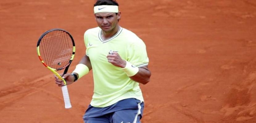 نادال يهزم تيم ويمدد سجله القياسي باللقب 12 في فرنسا المفتوحة