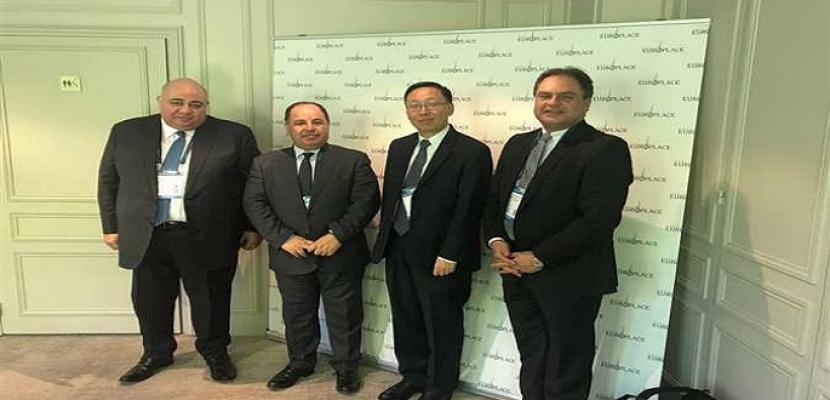 """وزير المالية بـ""""منتدى باريس"""": الحكومة حريصة على نجاح برنامج الإصلاح الاقتصادي"""