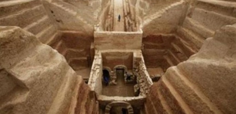 اكتشاف لوحة حجرية عمرها 1225 عاما شمالي الصين