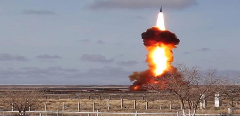 الدفاع الروسية تختبر بنجاح صاروخا جديدا في كازاخستان