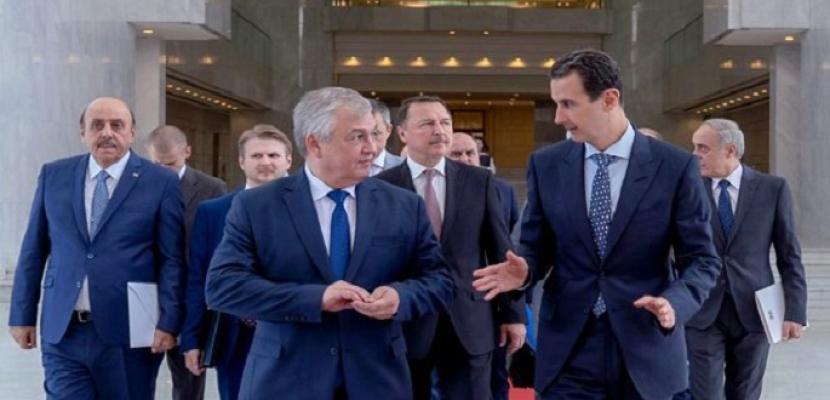 الرئيس السوري يبحث مع مسؤولين روس مستجدات الحرب على الإرهاب