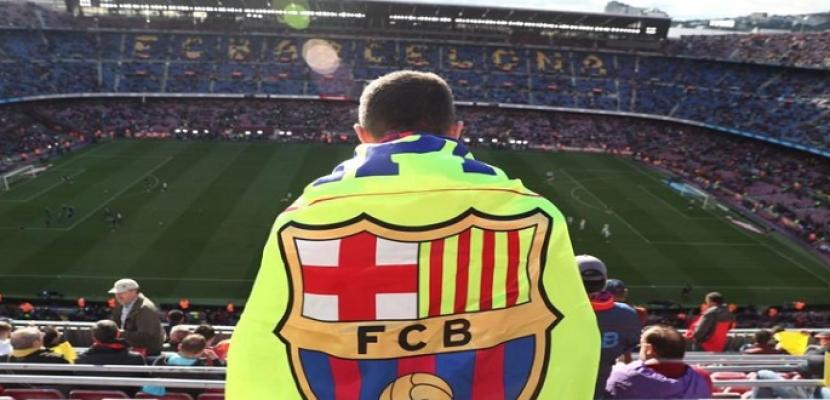 برشلونة يسبق باريس سان جيرمان ويضم المهاجم الإنجليزي الصاعد باري