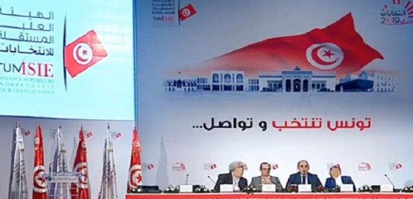هيئة الانتخابات التونسية: تقدم قيس سعيد  ونبيل القروي بالجولة الأولى لانتخابات الرئاسة