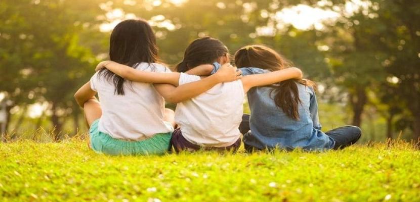 دراسة: الصداقات الوثيقة تزيد من الثقة في الذات