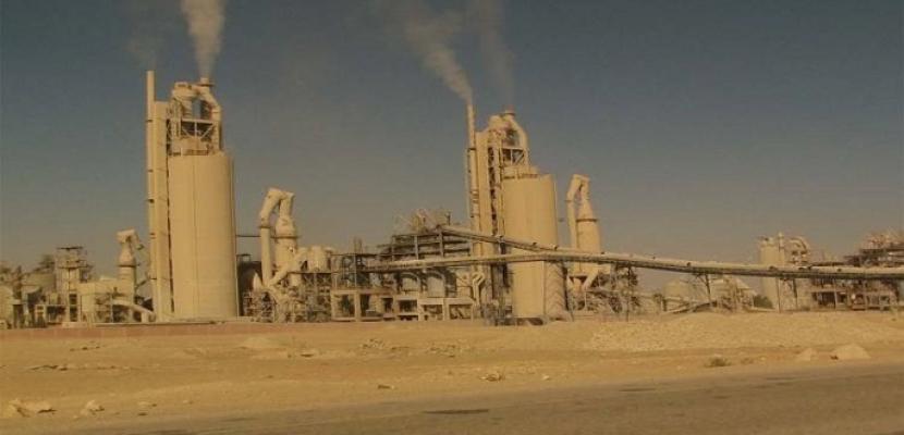 وزارة الإسكان توقع مذكرة تفاهم لتحويل النفايات لوقود بمصانع الأسمنت