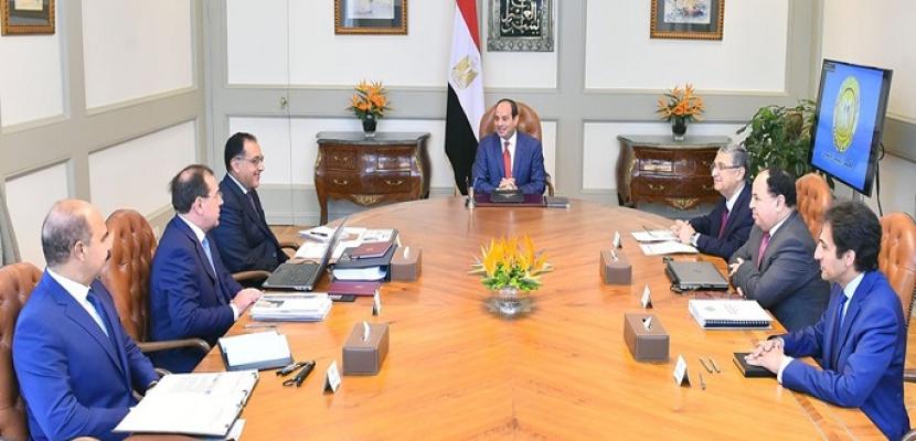 الرئيس السيسي يوجه باستمرار التوسع في الاستكشاف والتركيز على مشروعات البنية الأساسية للبترول والغاز