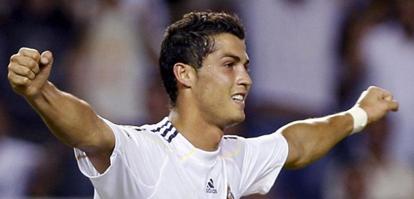 رونالدو يفوز بجائزة أحسن لاعب بالدوري الاسباني