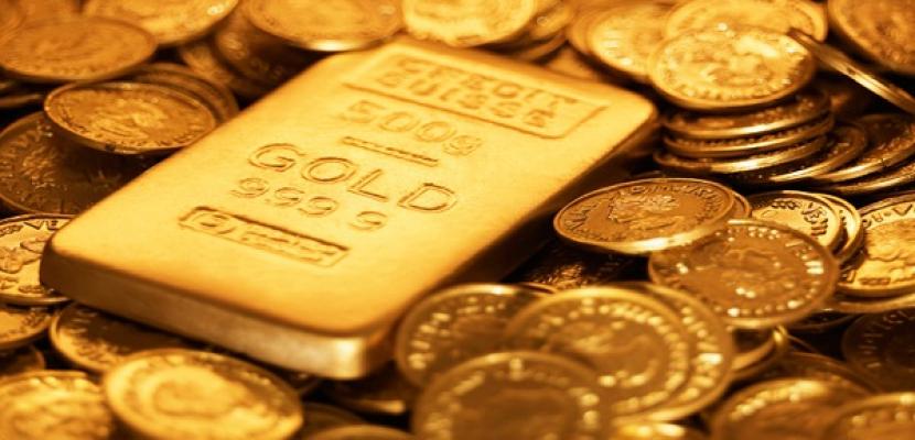 الذهب يخترق مستوى 1300 دولار للاوقية للمرة الأولى منذ نوفمبر