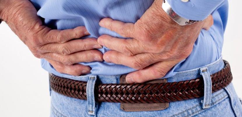 الانحناء المفاجئ يسبب مشاكل بالعمود الفقري