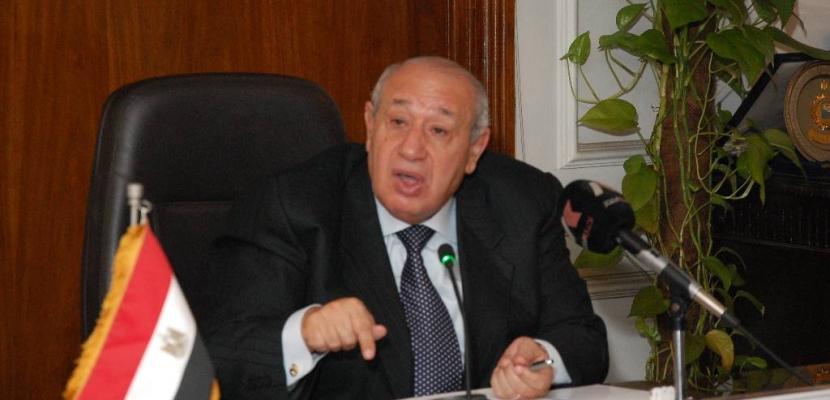 أبو شادي: لن يتم حذف اي مواطن من بطاقة التموين مهما بلغ راتبه