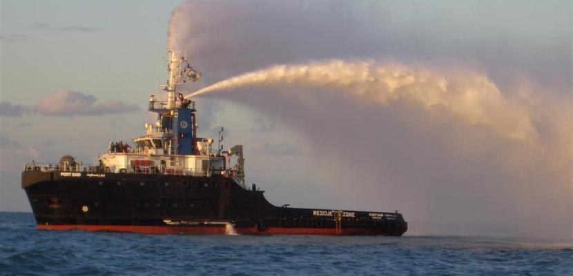 50 سفينة عبرت المجرى الملاحى لقناة السويس اليوم