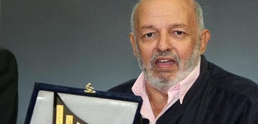 محمد خان يحصل على الجنسية المصرية بعد تجاوزه السبعين