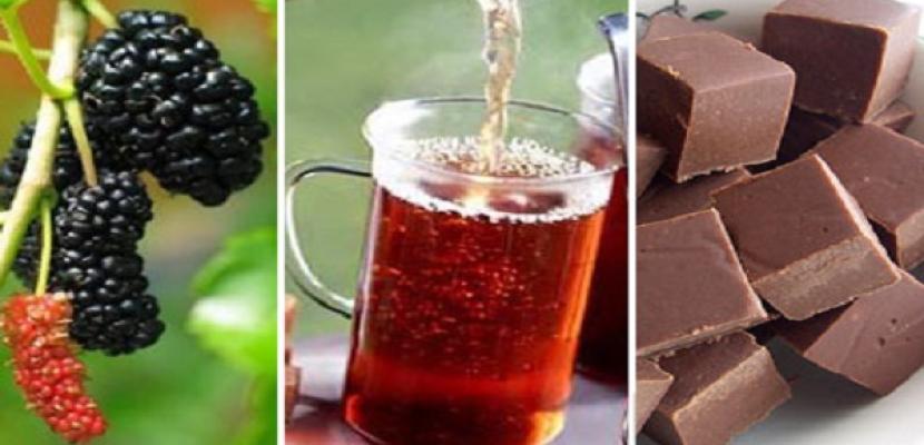 الشوكولاته والشاي والتوت لحماية الجسم من الإصابة بالسكر