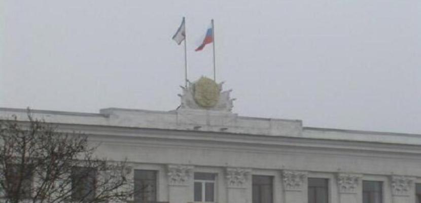 موسكو: العلم الروسي يرفرف على أكثر من 147 مؤسسة عسكرية أوكرانية بالقرم