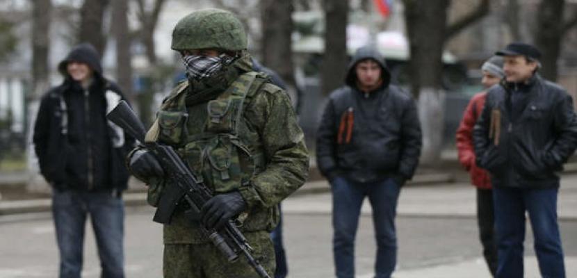 مسلحون يستولون على سفينة حربية أوكرانية في القرم