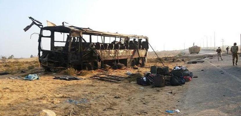 استشهاد صف ضابط واصابة 3 جنود في استهداف حافلة للجيش بالعريش