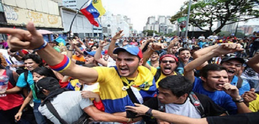 ارتفاع عدد القتلى في احتجاجات فنزويلا إلى 34 شخصاً