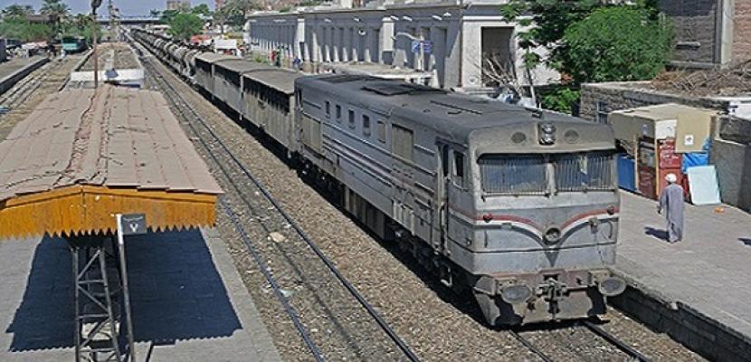 انتظام حركة قطارات قبلي بعد تعطلها في كوم أمبو بسبب مشاجرة