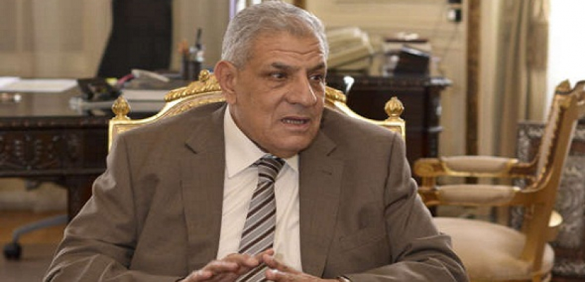 محلب يوجه بمواصلة التنسيق لتقديم الرعاية والتسهيلات للمصريين في ليبيا
