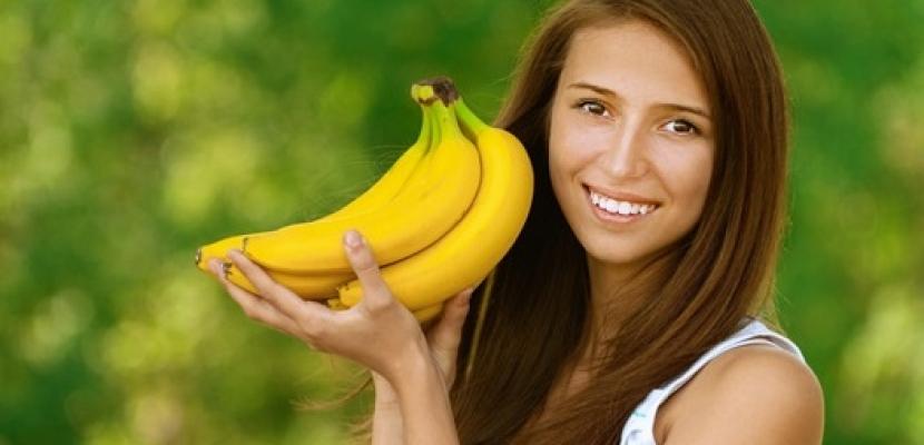 ماسك الموز والعسل وزيت جوز الهند لتقليل هيشان الشعر