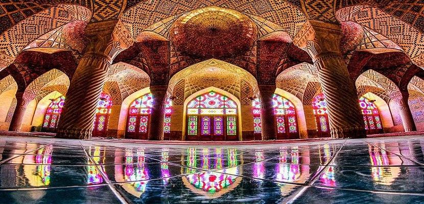 جمال إضاءات المساجد
