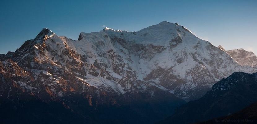 جبال نيبال .. الطبيعة الساحرة