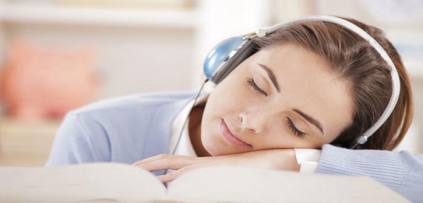 الموسيقى تخفف آلام الصدر والقلق لدى الناجين من نوبات قلبية