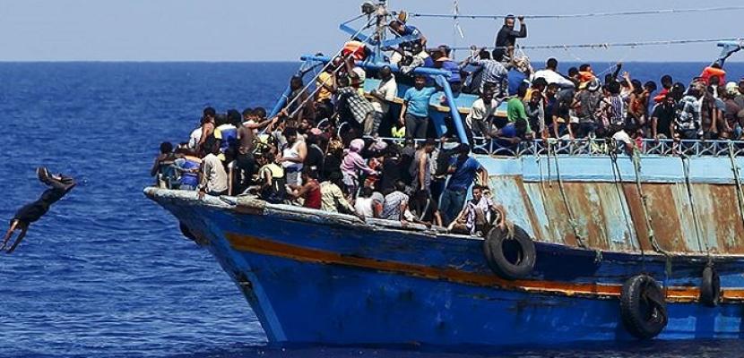 القوات البحرية التونسية تحبط محاولة 15 شخصًا الهجرة غير الشرعية