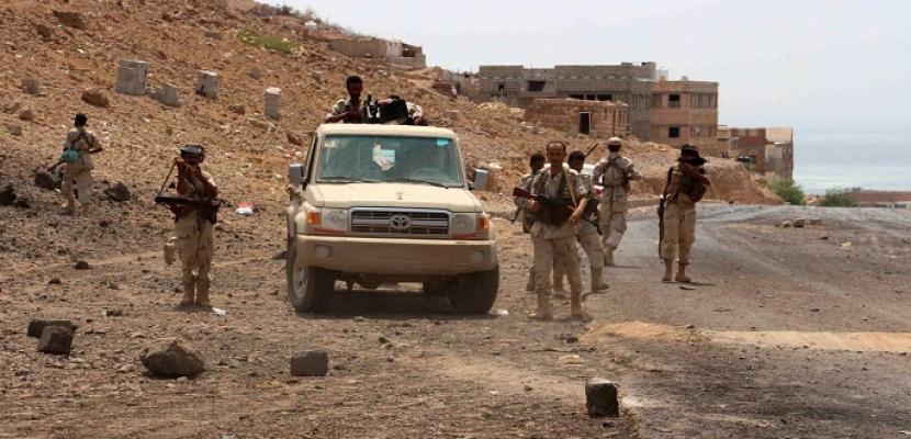مقتل 30 من مليشيات الحوثى على يد الجيش اليمنى