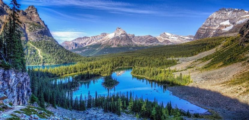 سحر جبال روكي في كندا
