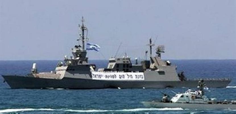 زوارق الاحتلال الإسرائيلي تهاجم مراكب الصيادين قبالة بحر غزة