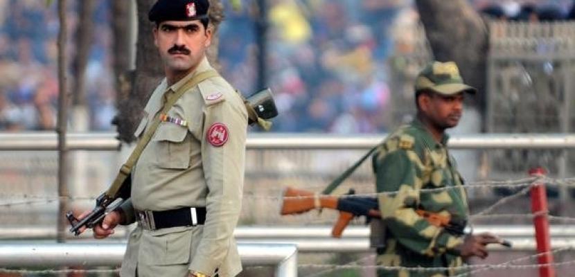 قائد الجيش الهندي يؤكد استعداده لأي تحد مع تكثيف تواجد القوات الباكستانية على خط السيطرة